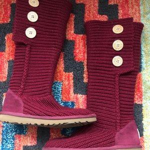 UGG tall knit- burgundy- size 6